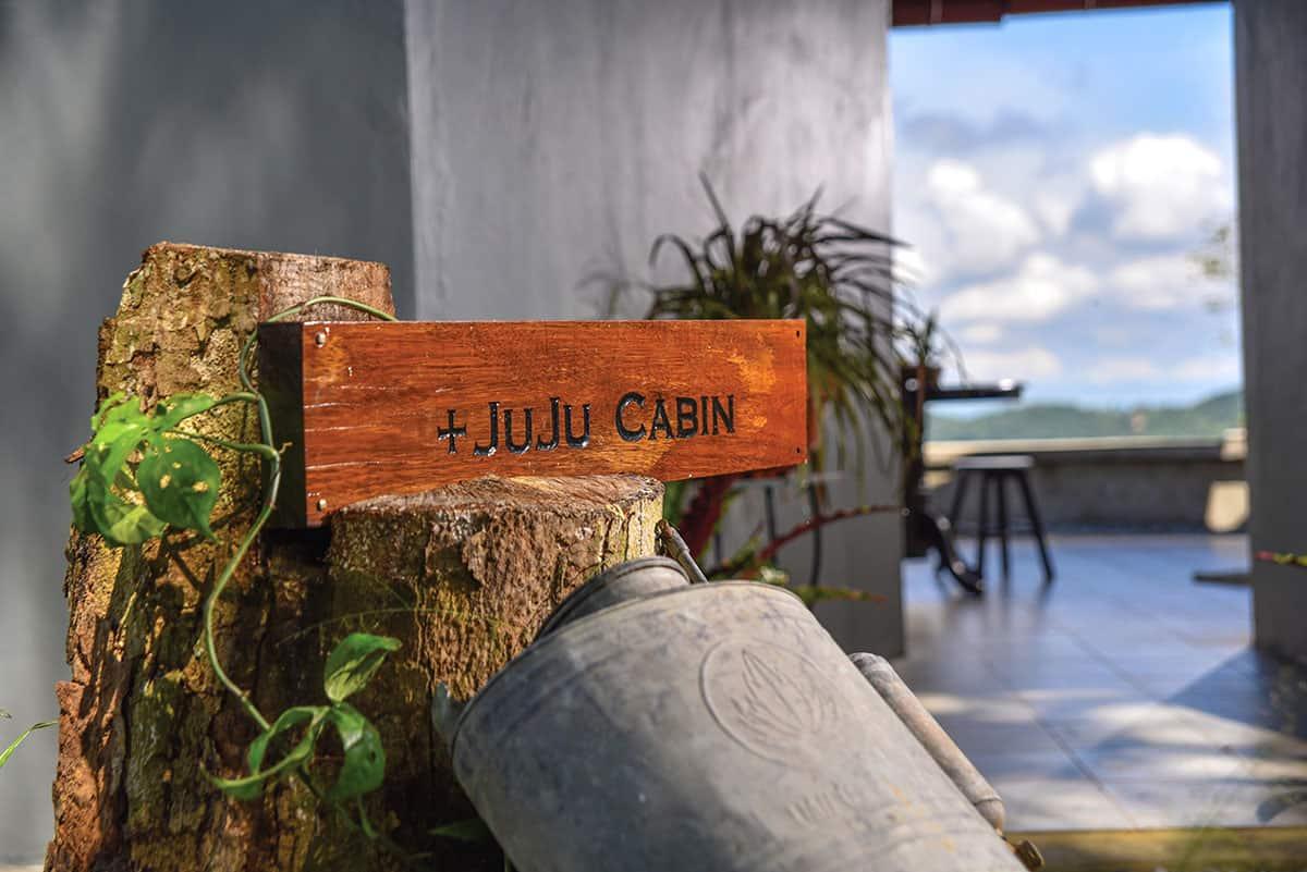JuJu-Cabin-signage